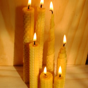 make your own beeswax candle2