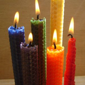 Kids * Make Your Own Beeswax Rolled Candles